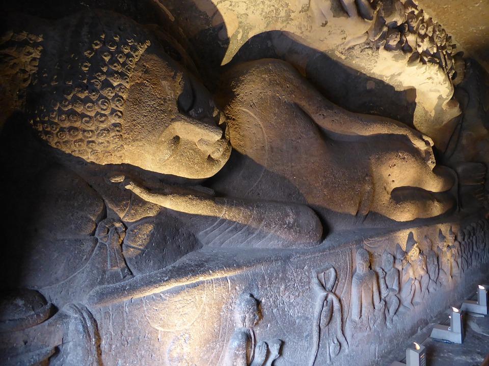 les grottes d'Ajanta et d'Ellora